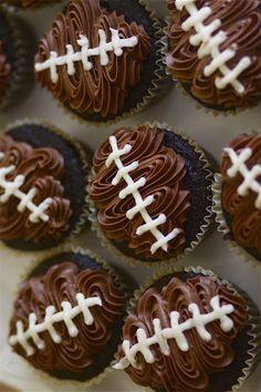 Super Bowl Party Dessert: Football Cupcakes