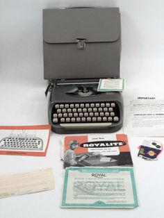 1964 Royal Companion Royalite Portable Typewriter w/ Case Papers Made in Holland