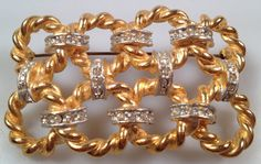 Gorgeous Vintage BROOCH Twisted Gold Plate by thepopularjewelry, $19.95
