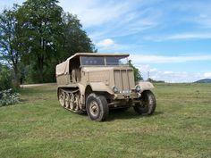 Sd.Kfz. 9 FAMO german hard truck