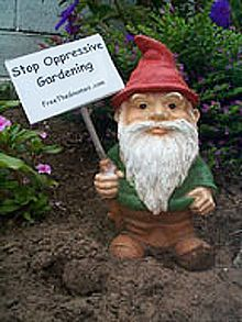 Google Image Result for http://upload.wikimedia.org/wikipedia/commons/thumb/9/9e/Protestgnome.jpg/220px-Protestgnome.jpg