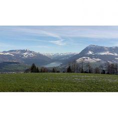 Blick vom #michaelskreuz. Drucke jetzt deine #instapics auf ein #poster von @socialprint.ch!  #nature #berge #schweiz #luzern #ch #fotogeschenk #socialprint #instaprint #fotooftheday #wandschmuck #deko #see #printyoursociallife