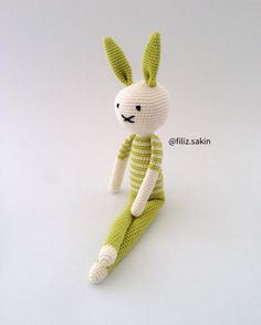 Herkese iyi akşamlar... #amigurumi #amigurumidoll #amigurumilove #virkning #10marifet #weamigurumi #instacrochet #örgü #örgüoyuncak #handmade #handmadetoys #elemeği #gurumigram #yarn #crochet #crochetdoll #amigurumiaddict #amigurumitoy #hækle #hekling #crocheting #häkeln #virka #wool #ganchillo #crocheted #knitting #gramorgu #örgümüseviyorum #amigurumis by filiz.sakin