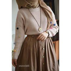 Immagine di hijab, style, and fashion Hijab Style Dress, Modest Fashion Hijab, Modern Hijab Fashion, Hijab Fashion Inspiration, Hijab Chic, Abaya Fashion, Hijab Outfit, Muslim Fashion, Modern Abaya