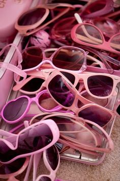 Pile of Pink Sunglasses via article on Kitten Kay Sera: The pink lady with the pink dog - Telegraph Pink Lady, Color Rosa, Pink Color, Pastel Colours, Vintage Pink, Catty Noir, Pink Sunglasses, Oakley Sunglasses, Sunglasses Outlet
