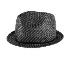 hat on yee