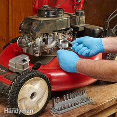 Engine Start Up Tips when a small engine won't start, the usual suspects are bad gasoline, a corroded or plugged carburetor, or a bad ignition coil. Lawn Mower Maintenance, Lawn Mower Repair, Auto Maintenance, Tecumseh Engine, Lawn Equipment, Engine Repair, Engine Start, Diy Home Repair, House Repair