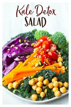 Kale Detox Salad - a delicious, easy-to-make salad that is packed with healthy benefits. One serving contains 14 grams of protein and 8 grams of fiber to help flush out toxins. This high protein salad is vegetarian and suitable for vegan diets, as well. Best Salad Recipes, Salad Dressing Recipes, Chicken Salad Recipes, Vegetarian Recipes, Detox Recipes, Salad Dressings, Vegetarian Protein, Savoury Recipes, Easy Salads