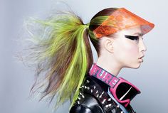 Guido Palau, Redken's Global Styling Director, für die Teen Vogue. http://chicquero.com/2011/08/16/teen-vogue-electric-hair-shoot/ #Coloration #Redken #GuidoPalau