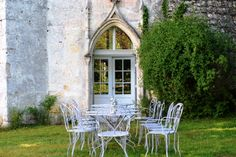 Beautiful architecture - Chateau La Garenne - Charente / Dordogne Border - France - Family Friendly Holidays