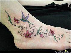 Resultado de imagem para tatuagens de flores pés