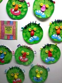 02 - next picture Bricolage Halloween, Manualidades Halloween, Theme Halloween, Fall Halloween, Halloween Decorations, Halloween Crafts For Kids, Diy Crafts For Kids, Art For Kids, Monster Crafts