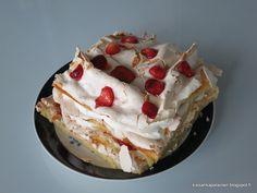 Kissankäpälä: Mansikkainen Brita-kakku, strawberry Brita cake