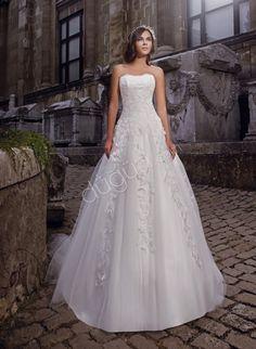 Wedding Dress - 2013 Akay