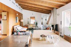 Välkomna till en stor och charmig arkitektritad 60-talsvilla i Skultorp. En välbelägen enplansvilla om 196 kvm boyta plus 85 kvm biyta med 7st välplanerade
