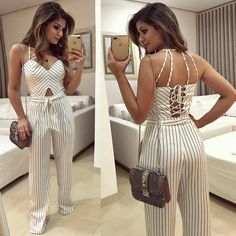 Looks shorts branco, chic outfits, girl outfits, fashion outfits, summer ou Chic Outfits, Girl Outfits, Summer Outfits, Fashion Outfits, Vetement Fashion, Floral Pants, White Fashion, Look Cool, Fashion 2017