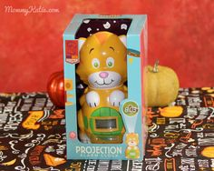Mommy Katie: #Giveaway Holiday Gift Ideas: Cat Projection Alarm Clock