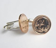 Each set of Australian 1 Cent Coin Cufflinks is individually handmade, which ensures that every pair is as individual as the person wearing it. The coins are cleaned, buffed and hand polished to bring them back to their former glory. Price: AUD 29.95