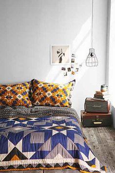 Chambre de urban outfitters sur pinterest gris placard for Chambre urban outfitters