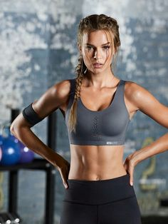 Pin by misstagram on josephine skriver fitness motivation, f Sport Chic, Sport Girl, Sport Sport, Sport Bras, Modelos Fitness, Model Training, Muscle Training, Gym Training, Estilo Fitness