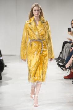 Calvin Klein at New York Fashion Week Fall 2017 - Runway Photos