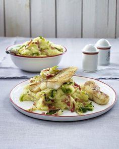 Unser beliebtes Rezept für Schinken-Kartoffelstampf zu gebratenem Kabeljau und mehr als 55.000 weitere kostenlose Rezepte auf LECKER.de.