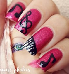 #nailart @Kassi Krous  you should practice this, these would be great concert nails, and you can switch up the colors.