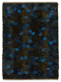 Märta Måås-Fjetterström creates some of the finest rugs and tapestries in the world, handwoven at the studio in Båstad, Sweden by artisan weavers since Rya Rug, Textiles, Mid Century Furniture, Rug Hooking, Color Inspiration, Fiber Art, Carpet, Tapestry, Rug Ideas