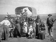 Not all Boer families trekking during the ABW were sitting ducks ! Native American Men, Armed Conflict, African History, Military History, Art History, South Africa, Apartheid, War, Camps