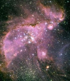 ハッブル望遠鏡が記録した宇宙