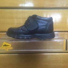 http://www.calzadoturismo.com/zapatos/ni%C3%B1os/escuela/