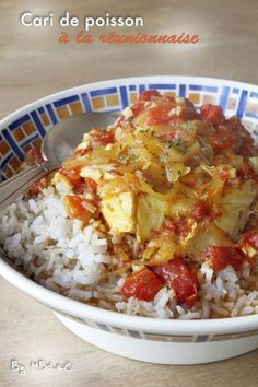 Cari de poisson à la réunionnaise – Mes brouillons de cuisine Carrie, Mauritian Food, A Food, Food And Drink, Rice Ingredients, Nigerian Food, Cooking Recipes, Healthy Recipes, World Recipes