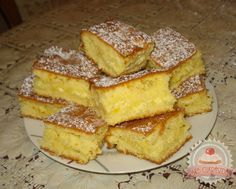 TutiReceptek és hasznos cikkek oldala: Kavart túrós My Recipes, Sweet Recipes, Cake Recipes, Dessert Recipes, Cooking Recipes, Hungarian Desserts, Hungarian Recipes, English Bread, Austrian Recipes