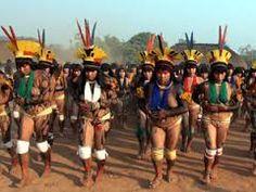 Resultado de imagem para fotos de índios do xingu
