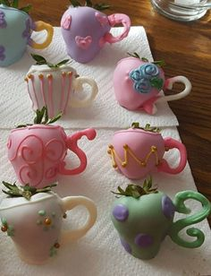 Strawberry Tea Party Treats - Strawberries dipped in chocolate then decorated to look like teapots - directions on the site. Girls Tea Party, Princess Tea Party, Tea Party Theme, Tea Party Birthday, Party Party, Tea Party For Kids, Party Themes For Girls, Party Ideas For Kids, Toddler Tea Party