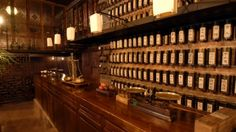 Maison des Trois Thes Tea Bar, Remodelista Chinese Tea Room, Chinese Bar, Chinese Style, Cafe Interior, Shop Interior Design, Retail Interior, Salon Design, Tea Room Decor, Asian Tea