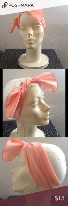 🆕 Vintage Coral Scalloped Headband Vintage scalloped edge headband- Coral complexion. There is a mark on the flip side that does not show through to the other. Good vintage condition. Rated 4/5. Approximately 30 inches long Vintage Accessories Hair Accessories