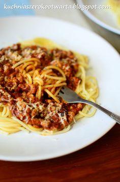 Sos bolognese do spaghetti Spaghetti, Bolognese, Main Dishes, Ethnic Recipes, Main Course Dishes, Entrees, Main Courses, Noodle