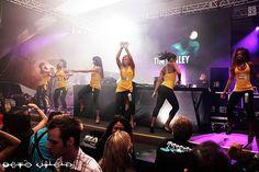 Beto Vilela - Solução em fotografia  Tel.: 21-8636-5513  Email / MSN / Orkut: gvilelas@gmail.com    Rio House Music - Marina da Glória - Rio de Janeiro - // 04 de Julho de 2009.    Trabalhos fotográficos: Beto Vilela, do social ao casual.    Me contrate e de Zoo Project Ibiza's most amazing club lands in the UK - get tickets now