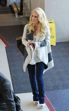 Heidi Montag Outfits LAX airport November 19 2008