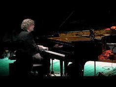 Iiro Rantala Super Trio - Stuff It...In There @Glivelab - YouTube