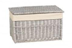 Småmøbler - Puff, benker og kister fra Skeidar Wicker, Decor, Laundry Basket, Outdoor Decor, Laundry Organization, Interior, Outdoor Ottoman, Home Decor, Wicker Laundry Basket