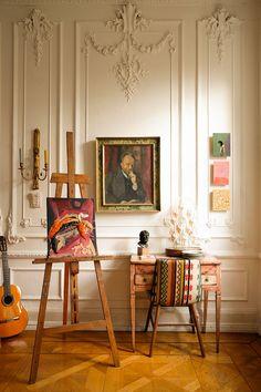 Diy Wall Decor, Diy Home Decor, Living Room Decor, Bedroom Decor, Bedroom Inspo, Artist Workspace, Room Of One's Own, Pierre Frey, Art Corner
