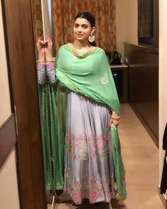 A-Line Wedding Dresses Collections Overview 36 Gorgeou… Punjabi Suits Designer Boutique, Indian Designer Outfits, Indian Outfits, Indian Dresses, Stylish Dress Designs, Stylish Dresses, Patiala, Salwar Kameez, Ladies Suits Indian