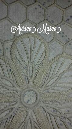 Musca, Rugs, Home Decor, Romanian Lace, Hardanger Embroidery, Dots, Romania, Embroidery Ideas, Farmhouse Rugs