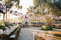 Catalina View Gardens Named after the remarkable Catalina Island view, this exclusive venue only holds 25 events per year. Spread across 94...