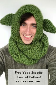 Yoda Scoodie – Knot Bad For all the star wars fans – Learn how to get started with with crochet by creating baby yoda scoodie and scarf! Create your own fashionable neck warmer with. Star Wars Crochet, Crochet Stars, Crochet Beanie, Knit Crochet, Crochet Roses, Crocheted Flowers, Double Crochet, Crochet Baby, Lion Brand