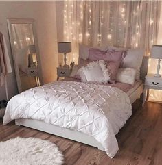 Ideas for a small bedroom for a girl bedroom makeover ideas small bedroom makeover small room . ideas for a small bedroom for a girl Small Room Bedroom, Trendy Bedroom, Bedroom Colors, Home Decor Bedroom, Diy Bedroom, Bedroom Curtains, Mirror Bedroom, Bedroom Headboards, Fall Bedroom