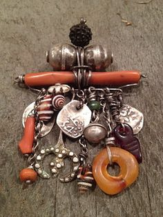 Very rare Tuareg pieces collected in Morocco. Soon to be finished. Very rare Tuareg pieces collected in Morocco. Soon to be finished. Coral Jewelry, Tribal Jewelry, Boho Jewelry, Pendant Jewelry, Jewelry Art, Antique Jewelry, Beaded Jewelry, Jewelery, Vintage Jewelry