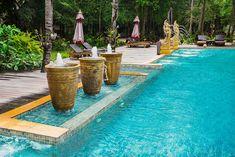 Onix Mosaic | Vanguard Pool Lake Blend